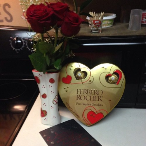 roses, candy and card