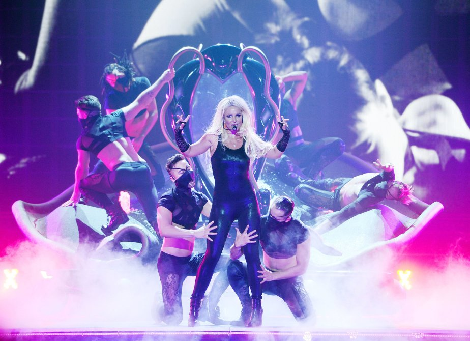 Britney spears- Im a slave for you- Pic