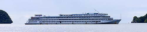 abandoned chinese cruise ship palau bentprop