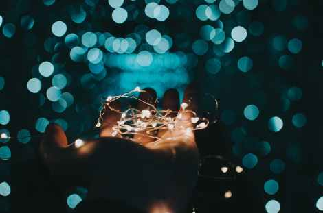 String of lights in a hand