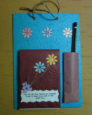 Colorful notepads- 'Do not let your hearts be troubled' ,8.5 x 6 in (RM12)