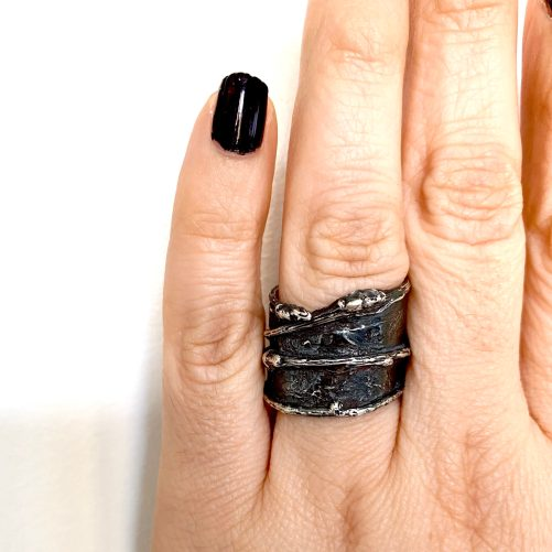 Extra wide twig ring