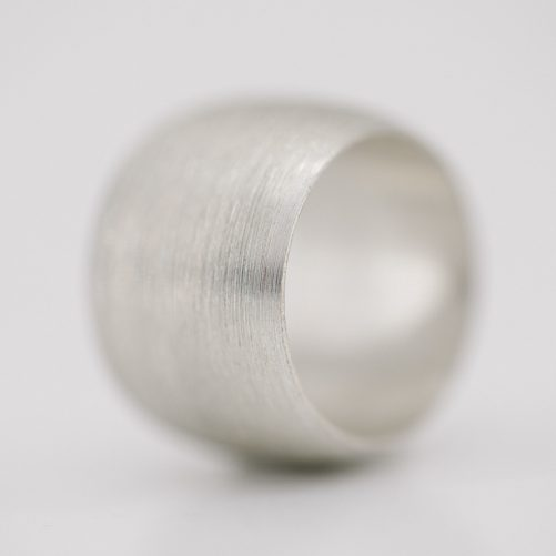 "5/8"" wide ring"