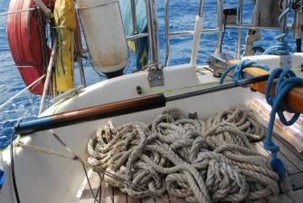 Autopilot fixed by ropes