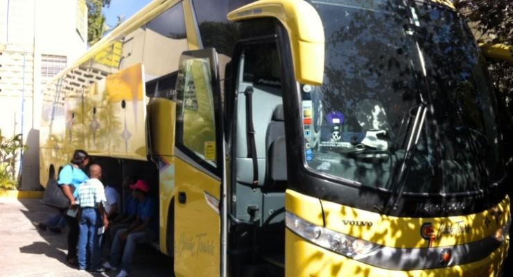 Como ir de Santo Domingo a Porto Príncipe de ônibus