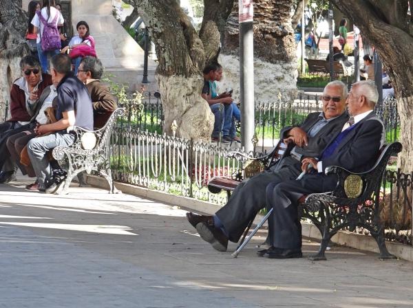 Locais na Plaza 25 de Mayo Sucre