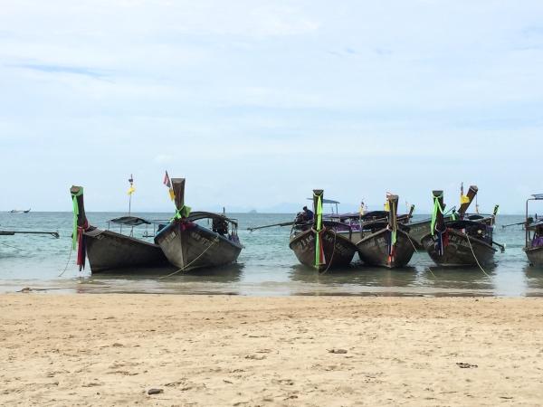 barcos-em-railay-beach