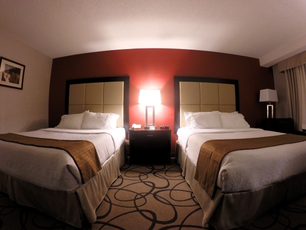 Camas do holiday inn montreal
