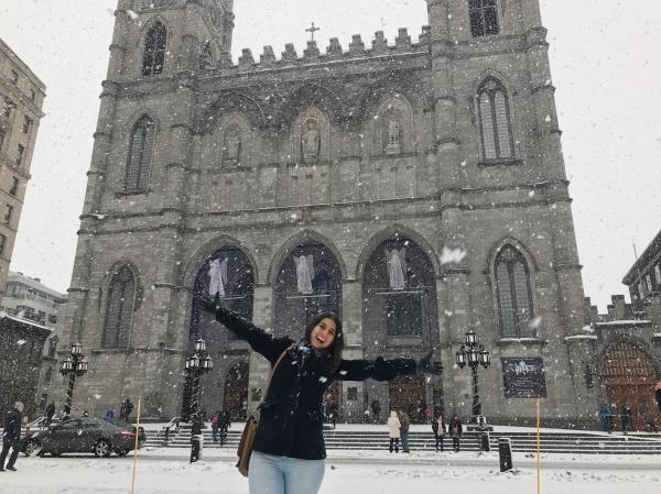 Neve caindo em Montreal