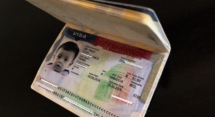 Como tirar o visto americano para bebês e crianças