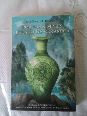 livro-por-um-simples-pedaco-de-ceramica-linda-sue-park-743311-mlb20530282550_122015-f
