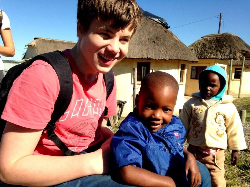 ViraVolta, Volta ao Mundo, Viagem pelo Mundo, Viagem Longo Prazo, Mochileiros, 6 meses pela África, filho autista