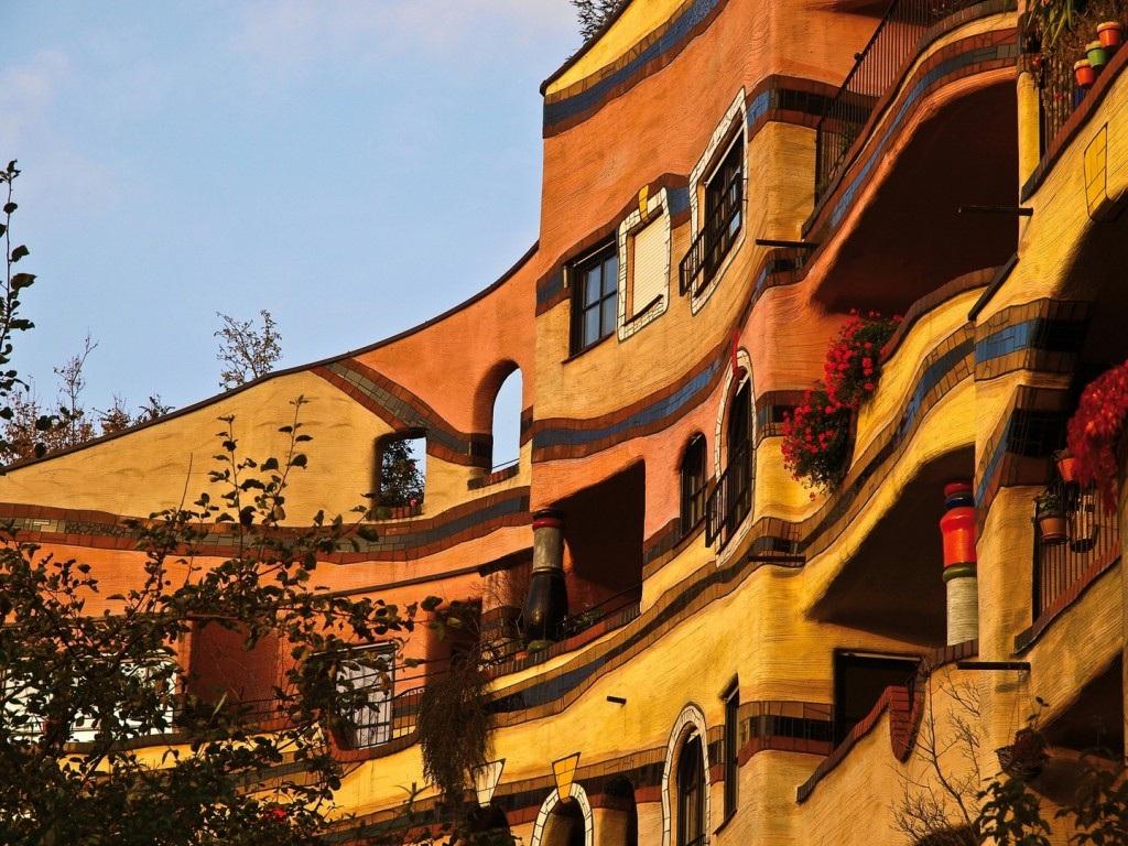 Architecture Insolite Dcouvrez Loeuvre De Lautrichien