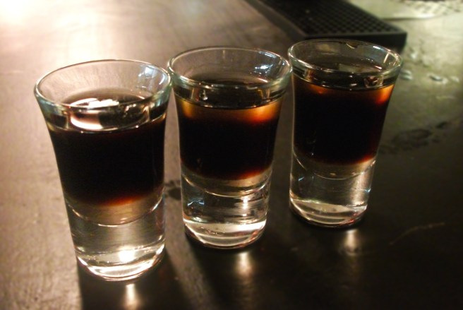 Shots sur le comptoir du Citizen Bar