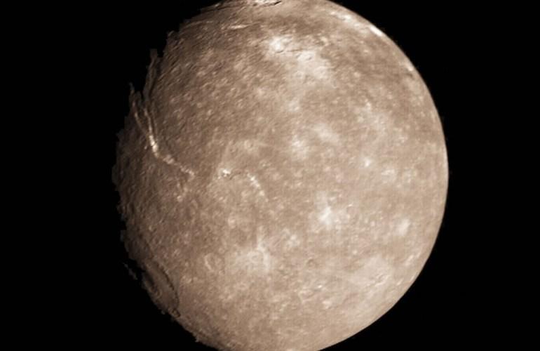 Титания спутник Урана