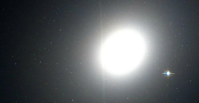 Гигантская галактика М49