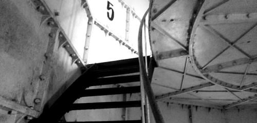 Menyusuri anak tangga Mercusuar Z.M. Willem III