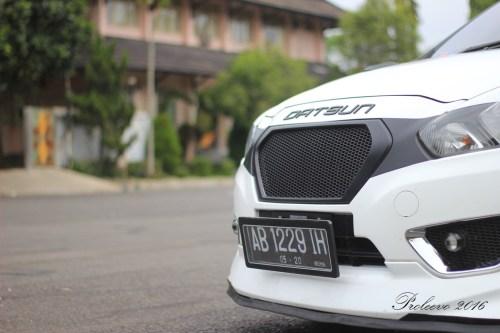 Logo Datsun diganti dengan tulisan dengan material Acrylic