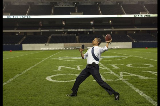 14_BO_Football-at-Soldier-Field-Chicago_052012