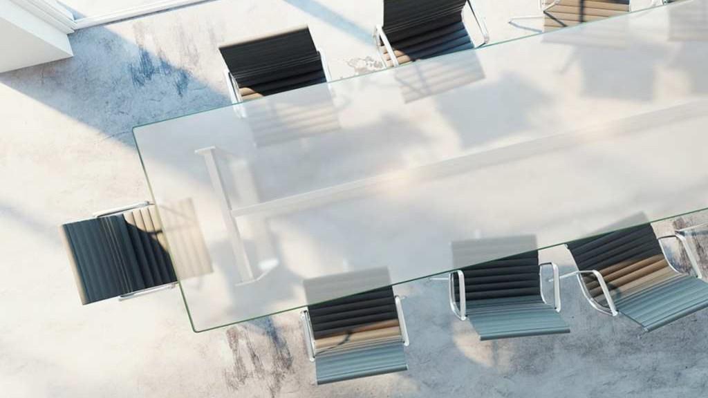 remedio-casero-para-proteger-tus-mesas-de-cristal-con-laminas-1920