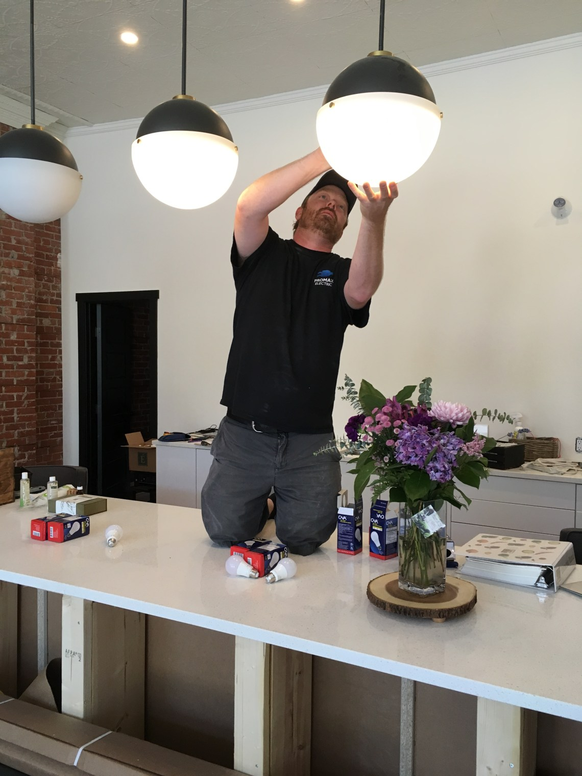 electrician, install, pendant light, led bulb, Lethbridge, commercial, Promax Electric
