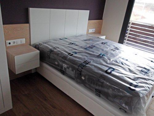 Promida capçal llit amb tauletes 2