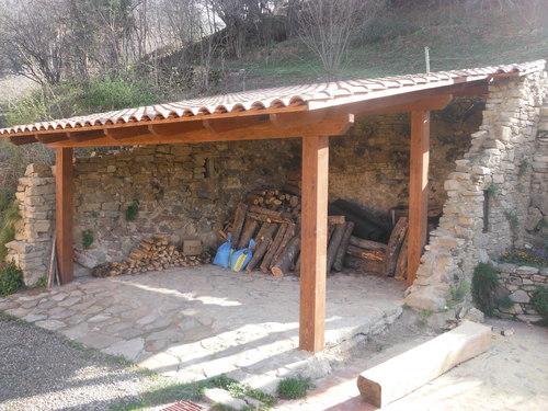 Promida porxo sobre ruïnes 1