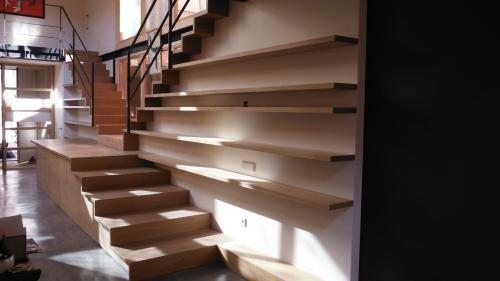 Promida escala interior llibreria