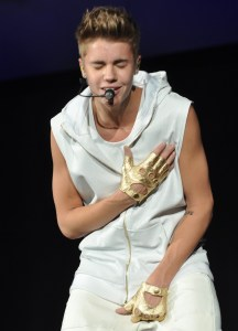 Believe_Tour_13,_2012