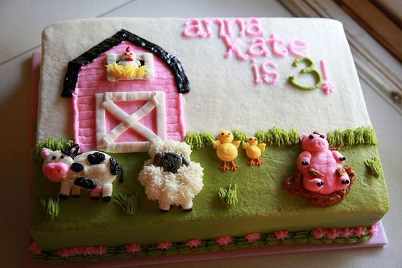Farm birthday cake for a girl