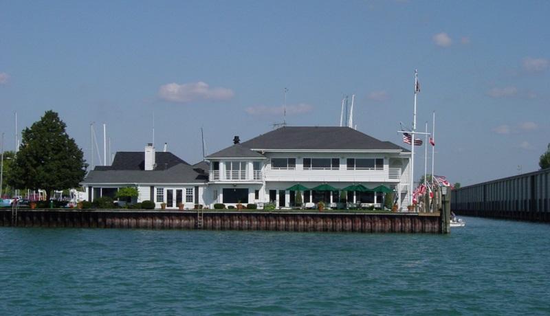 Bayview Yacht Club Promote Michigan