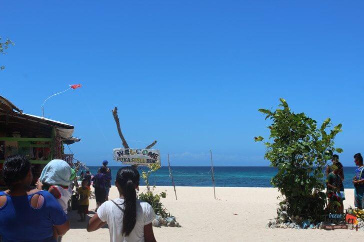 Boracay Island - Puka Beach Enterance