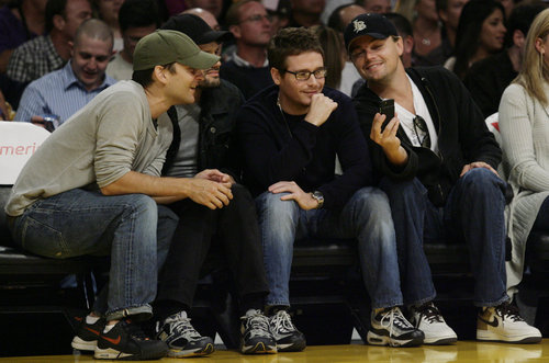 Leonardo Di Caprio, Tobey Maguire, Kevin Connolly Cell Phone, Hornets Lakers Game