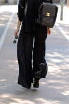 la-modella-mafia-All-Black-Everything-street-style-+-Chanel-leather-quilted-back-pack