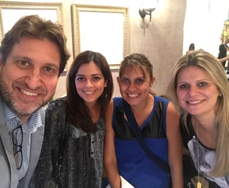 Marco Costa, eu, Danielle  (  ( amiga/incentivadora/assistente) e Carol