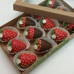 Why Use Customized Boxes For Chocolate Covered Strawberries Art Pro Packaging