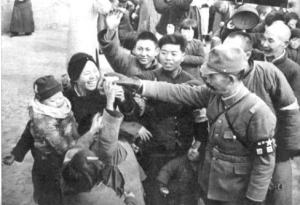 南京市民と日本軍