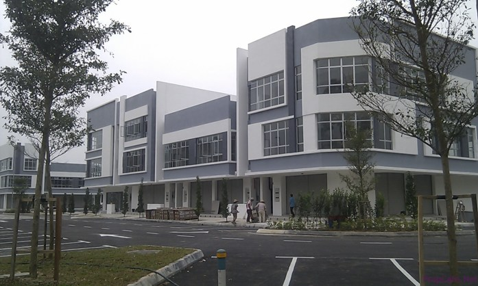 The 1st phase commercial shop lots