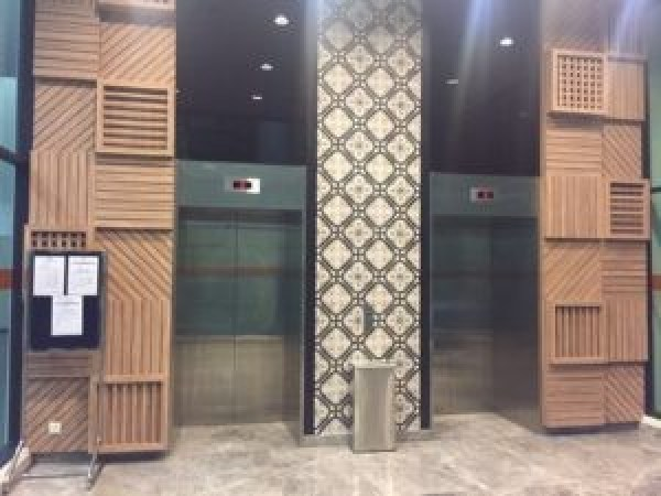 Uptown-residences-lift-lobby3