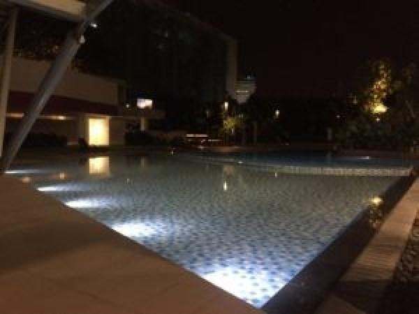 Uptown-residences-pool2