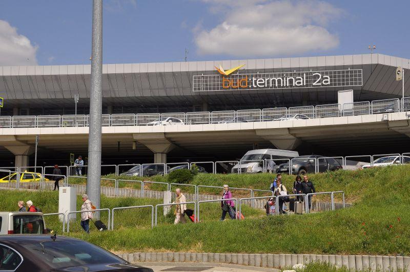 Hirtelen eladó lett a Budapest Airport, miután a kormány múlt héten ajánlatot tett rá