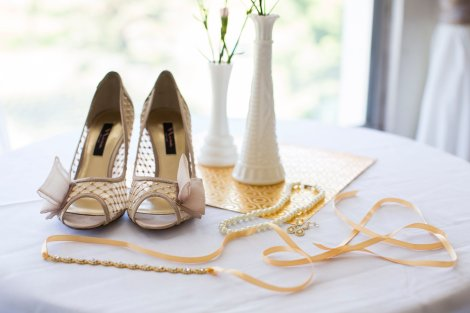 spring details for beautiful wedding
