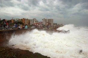 Cyclone Phailin (4)