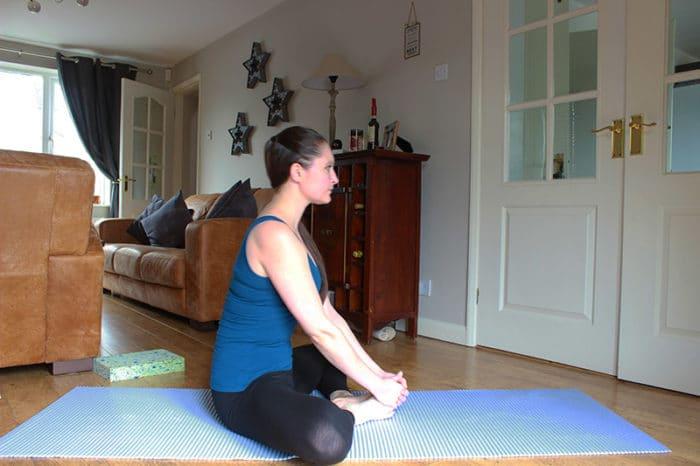 yoga half lotus