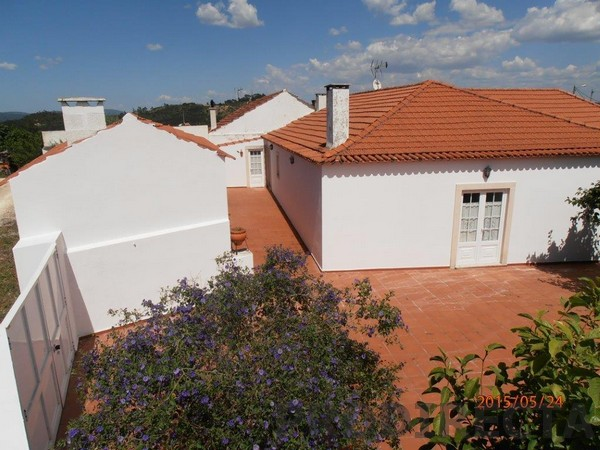 Alcanede house for sale