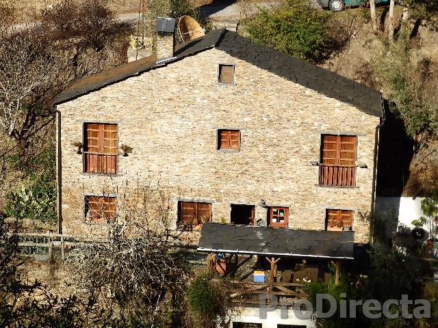 Yurt Holliday Portugal (Lugar das Várzeas)