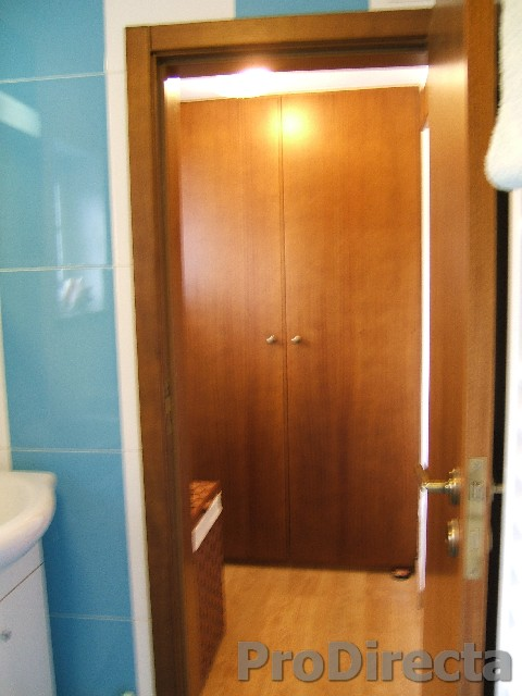24. Dressing room
