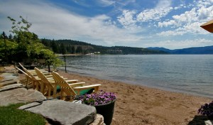 Vacation Rentals on the Lake!