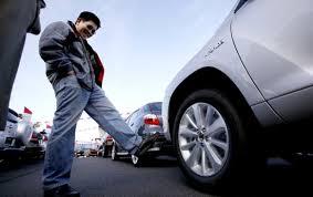 tire kicker