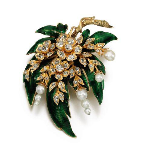 les fleurs dans la joaillerie du xixeme au xxieme siecle une inspiration inepuisable property of a lady
